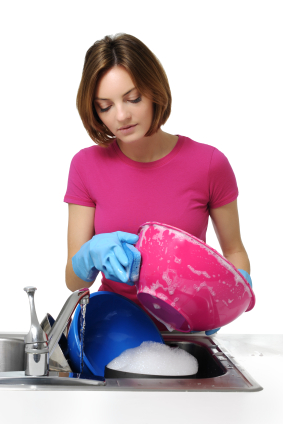 IStock_0cleaningdishesll
